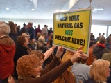 Supporters of Constitution Pipeline rally for green light